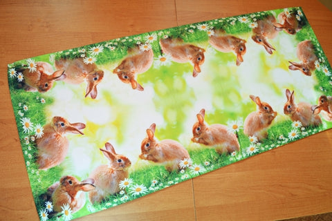 Green Easter Table Runner - 40 x 90cm - Amazing Curtains