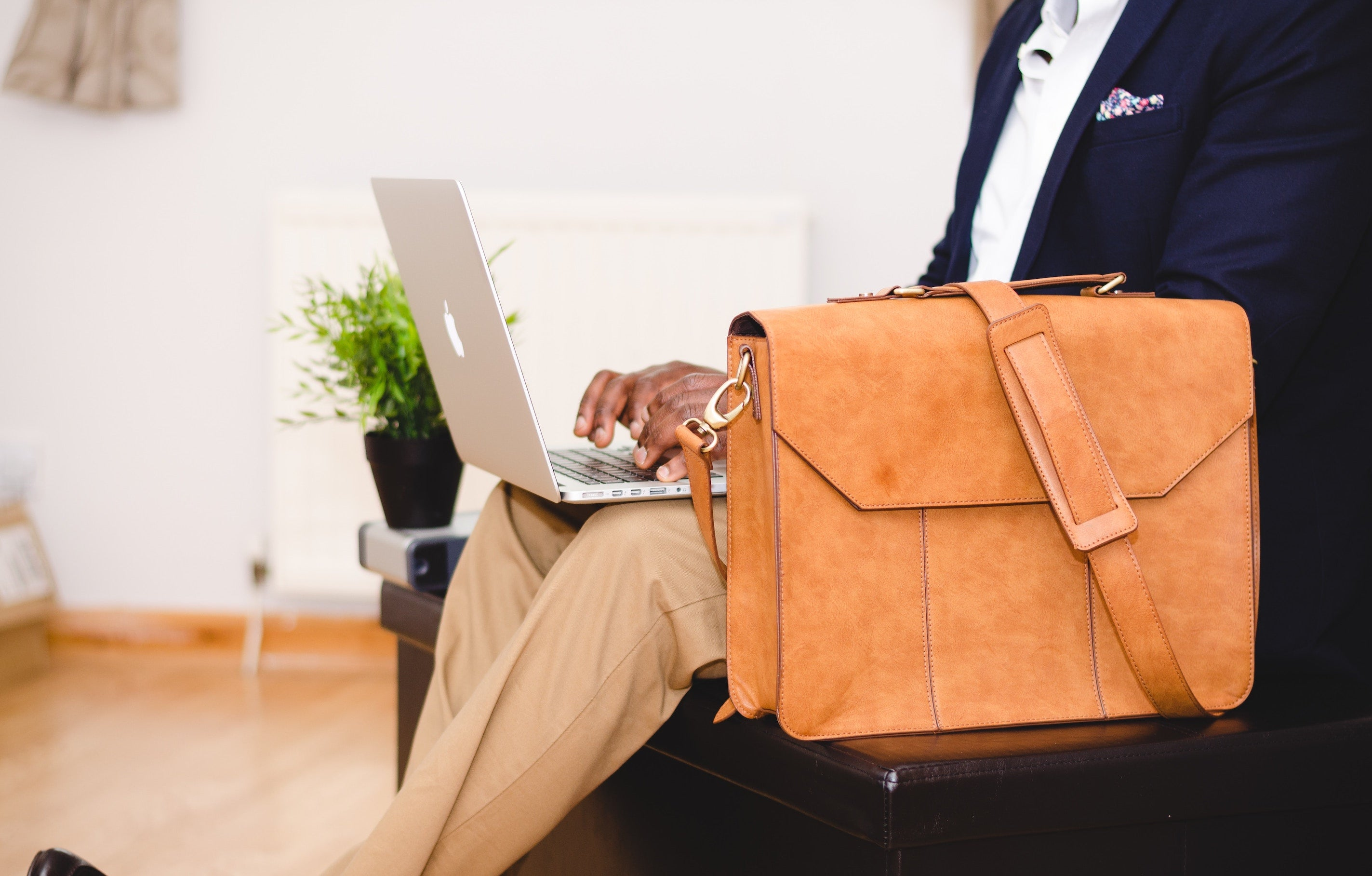 best laptop bag for business travel