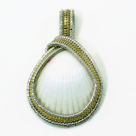 Small Scallop Pendant