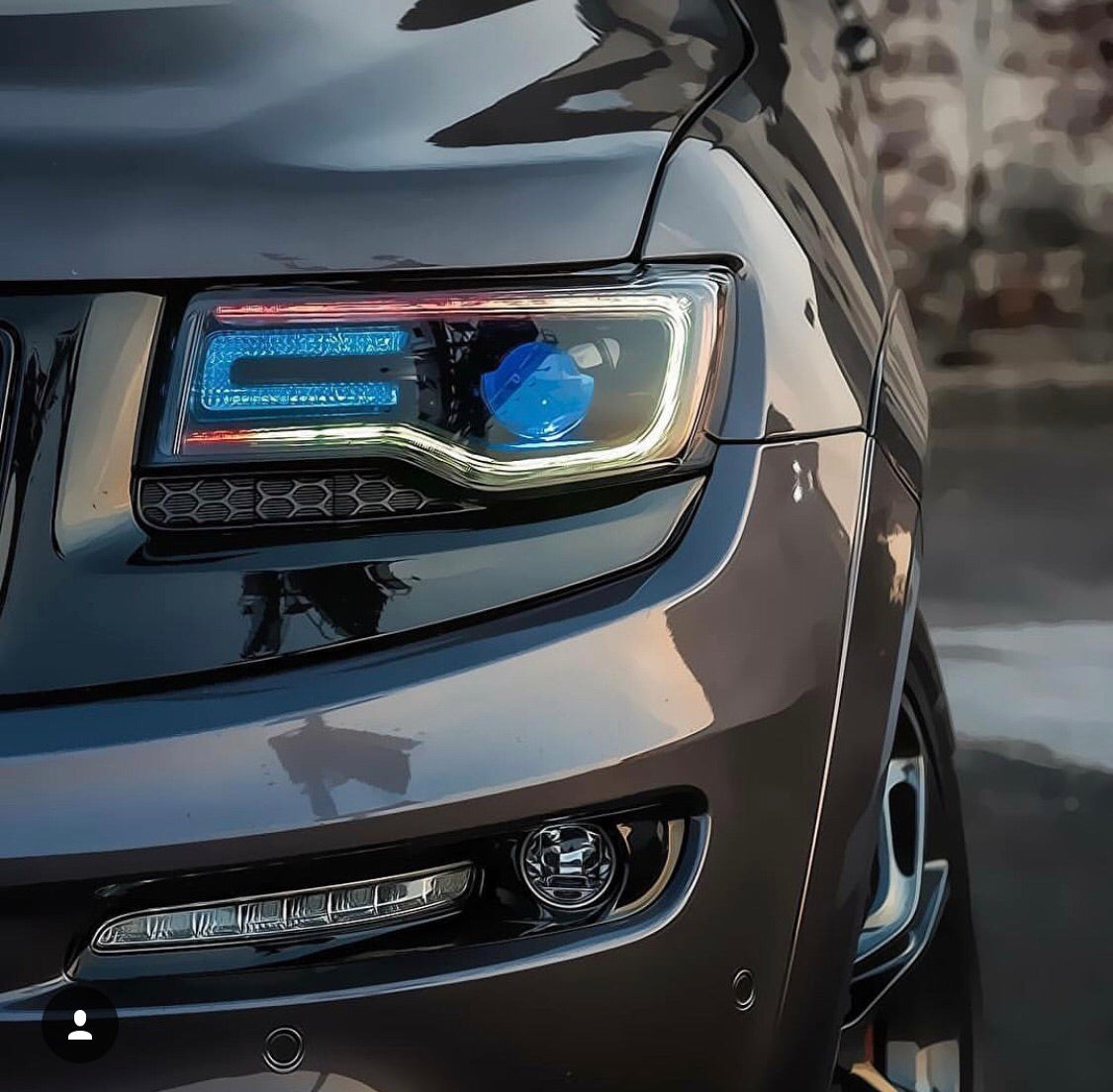 2014-2019 Jeep Grand Cherokee RGBW +A/Color-Chasing LED