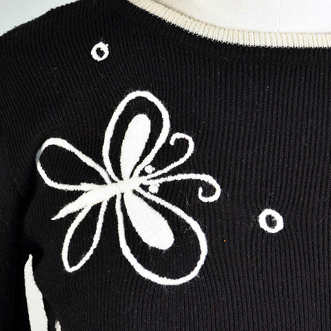 Vintage 60s Mod Black White Pullover Sweater, Flowers Butterflies, Boho Hippie Sweater XS/S