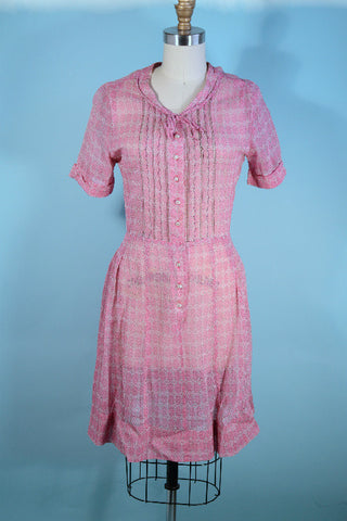 "Vintage 40s Pink Sheer Day Dress, Short Sleeve Rockabilly WWII Era  Dress 27"" Waist"