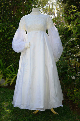 Vintage 60s White Lace Wedding Gown, Juliette Sleeve Long Detachable Train,Empire Waist XS/S