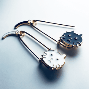 Cute Cat Brooch - Accessories - Monty Boy