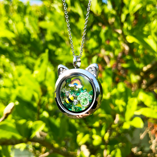 Green Sparkling Crystal - SPECIAL jewelry - Monty Boy
