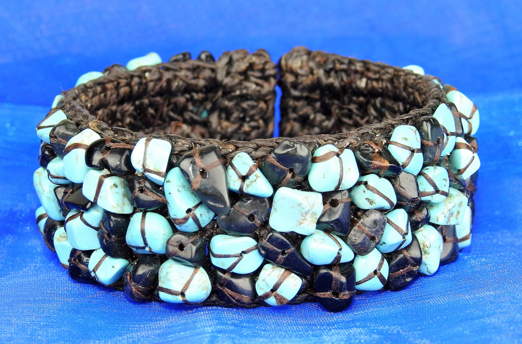 jewelry: Natural Stone Bangle