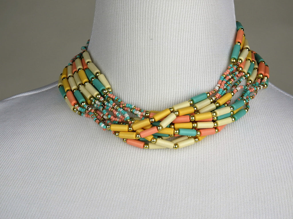 jewelry: Bead Necklace