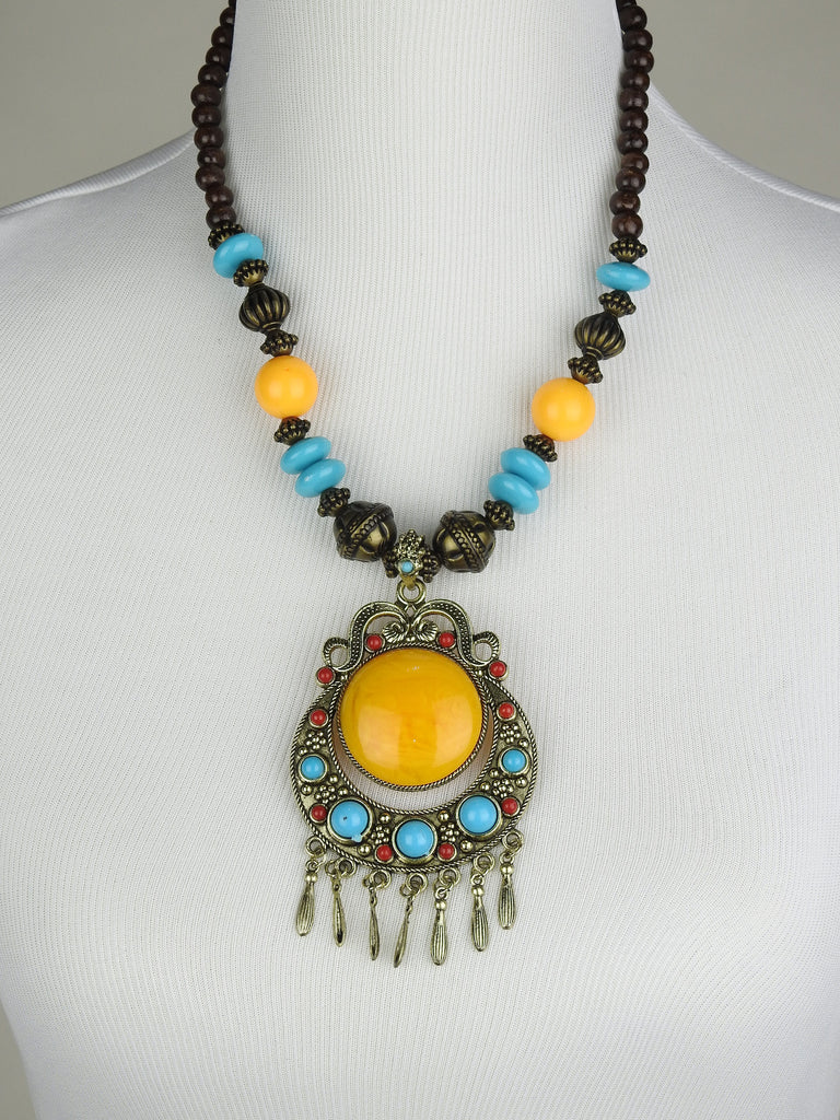 jewelry: Tibetan Necklace