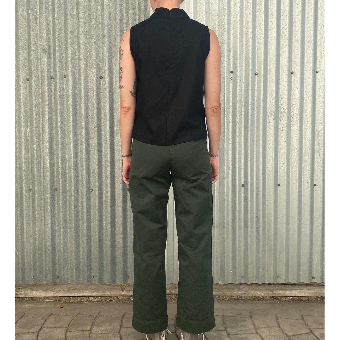 cotton fly front pant in hunter