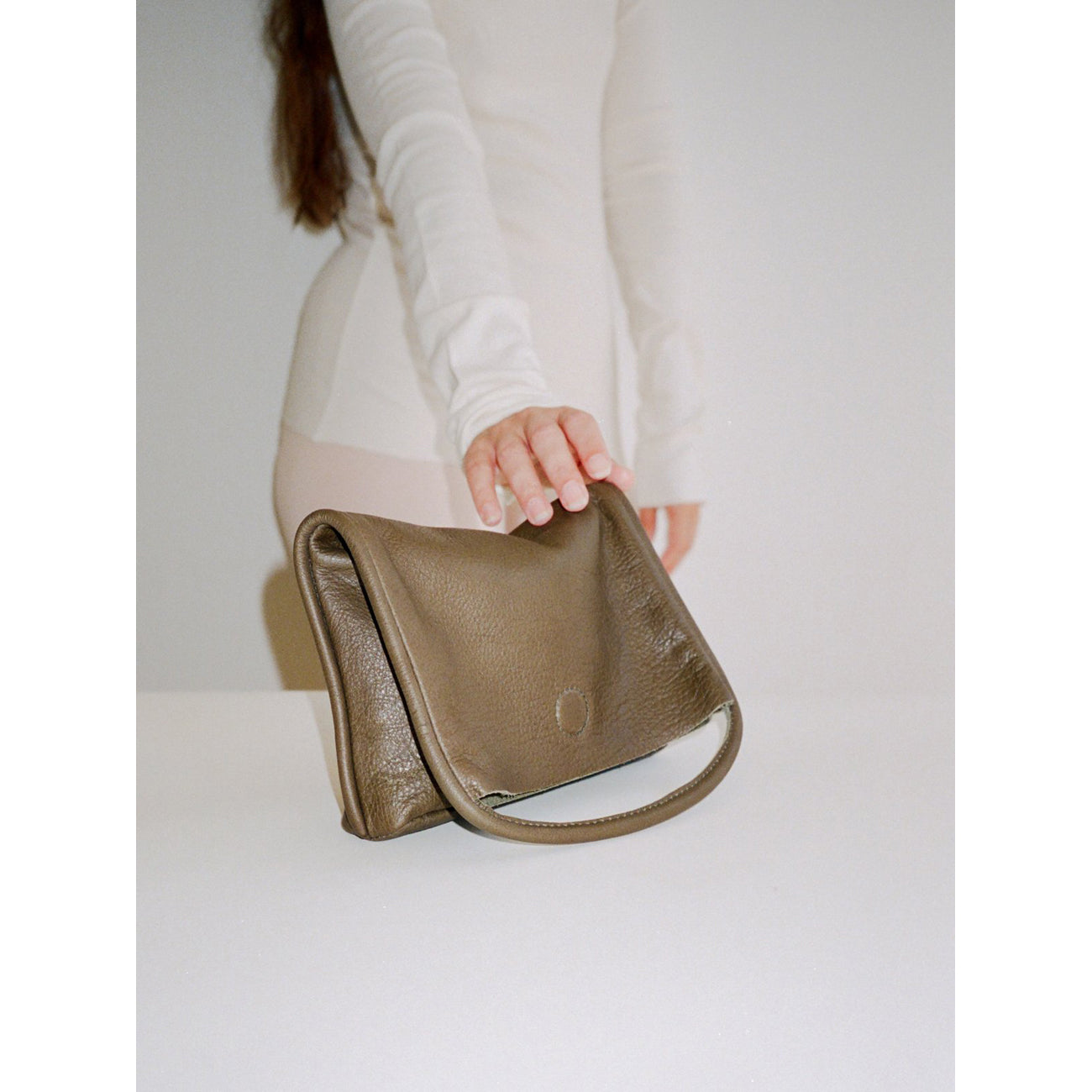 Are Studio Mano Clutch in Olive