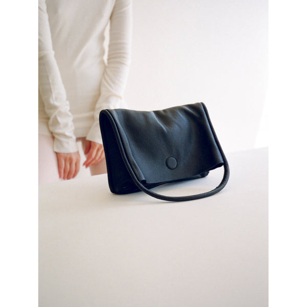Are Studio Mano Clutch in Onyx