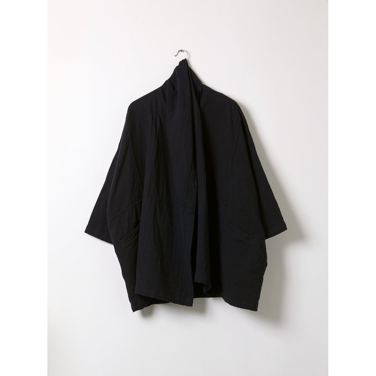 haori coat in black