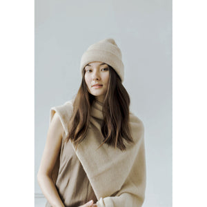 andes beanie in cream