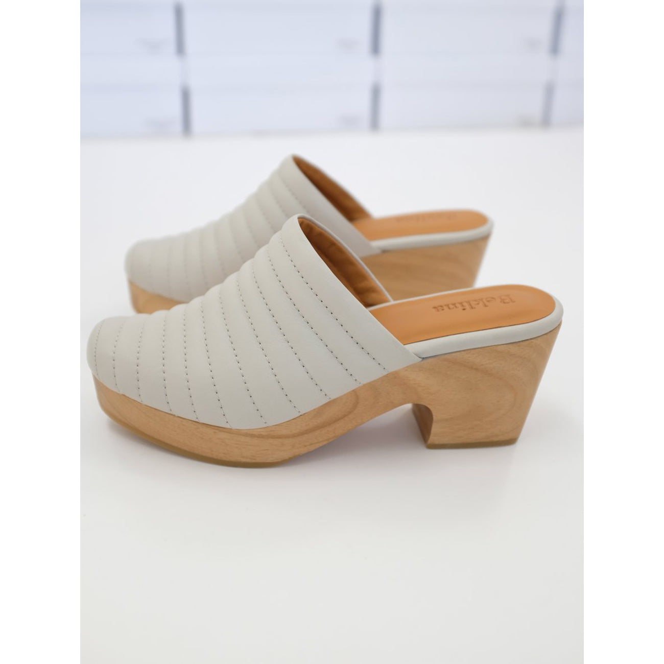 ribbed clog in soft grey