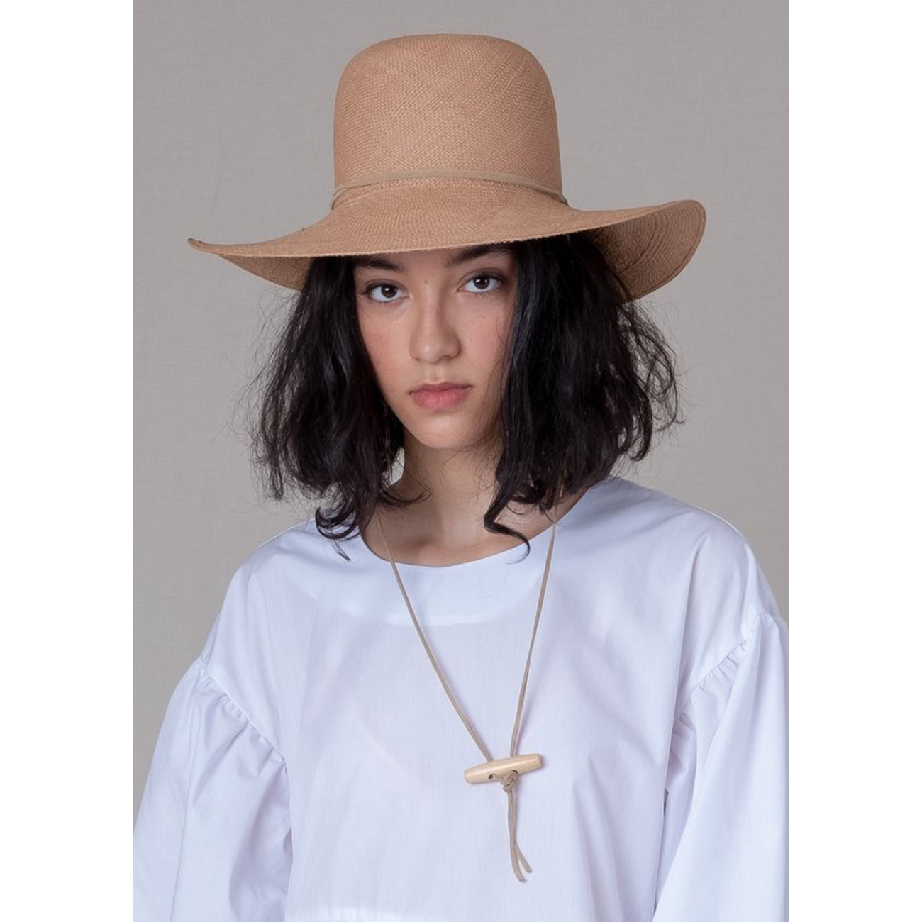 suncrest hat in tan