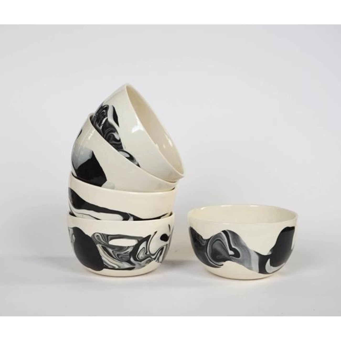 Helen Levi Breakfast Bowl: Pebble Series