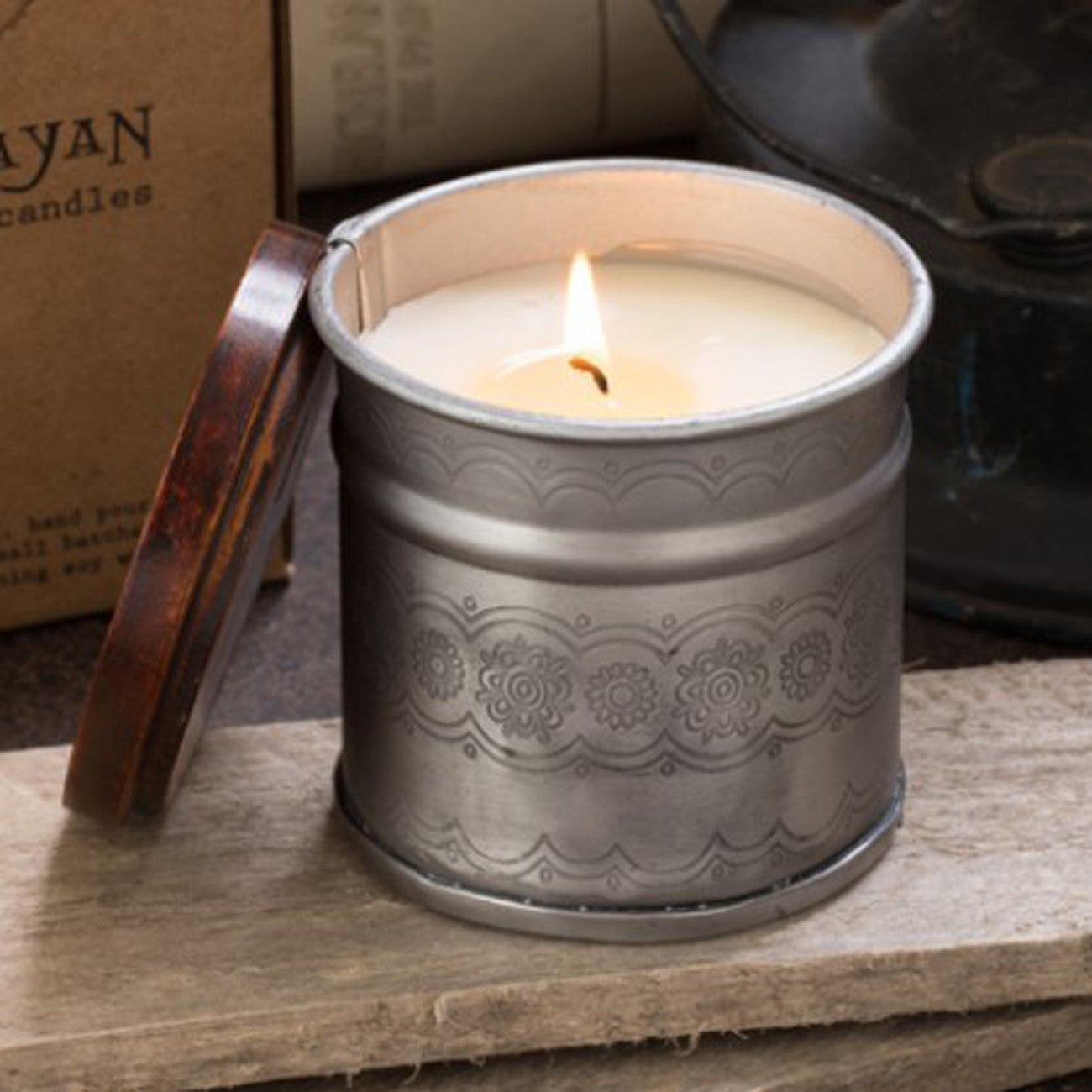 Himalayan Candles Artisan Iron Pot