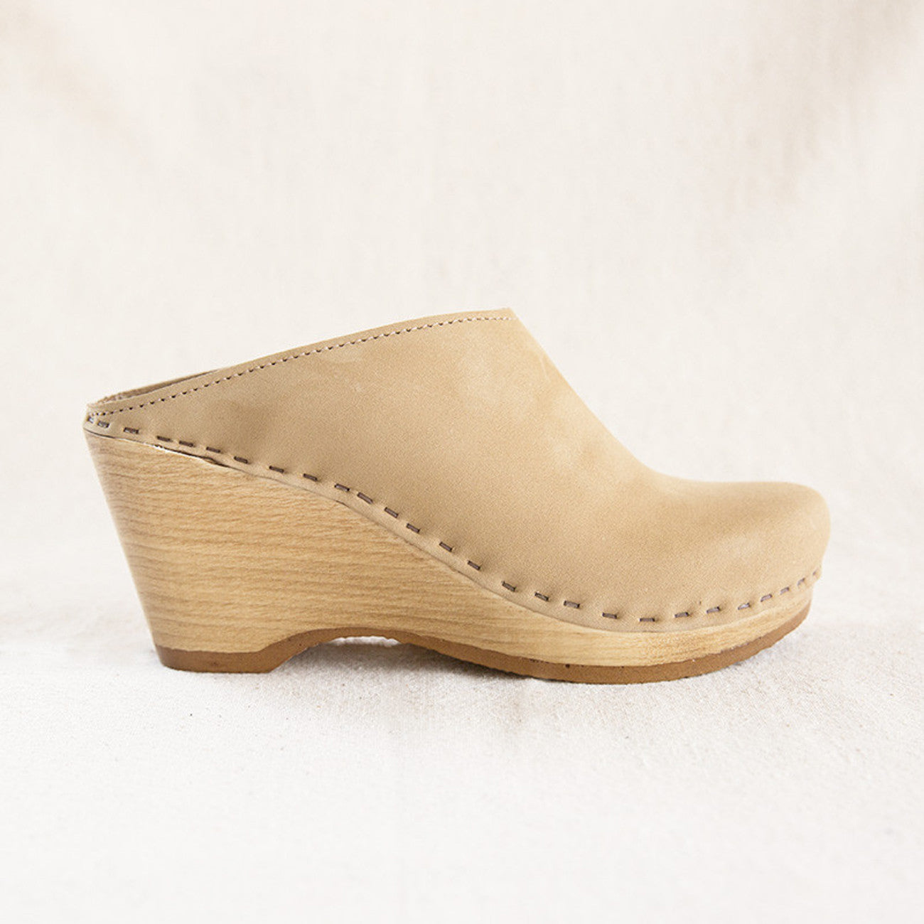 No.6 New School Clog in Mocha