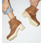 lander lace up shearling boot in honey aviator