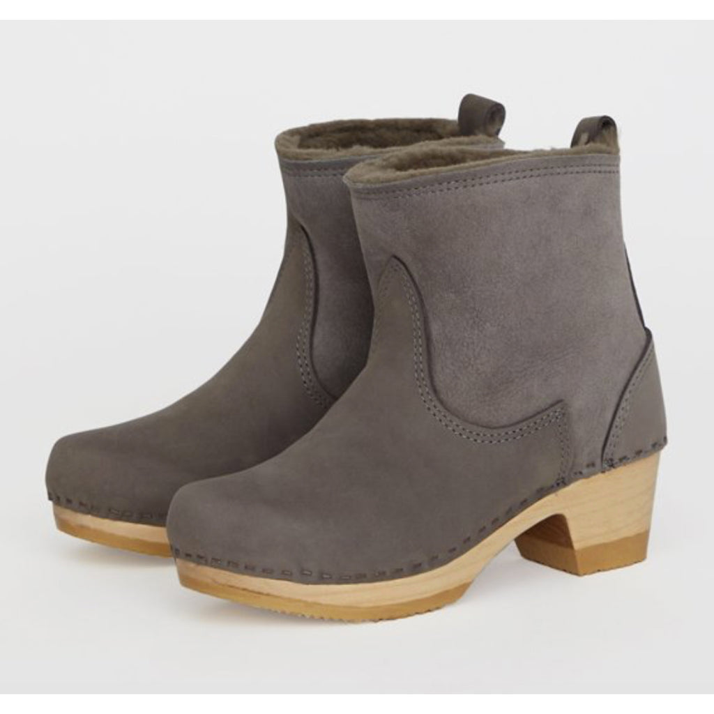 "5"" pull on shearling clog boot on mid heel in smoke suede"