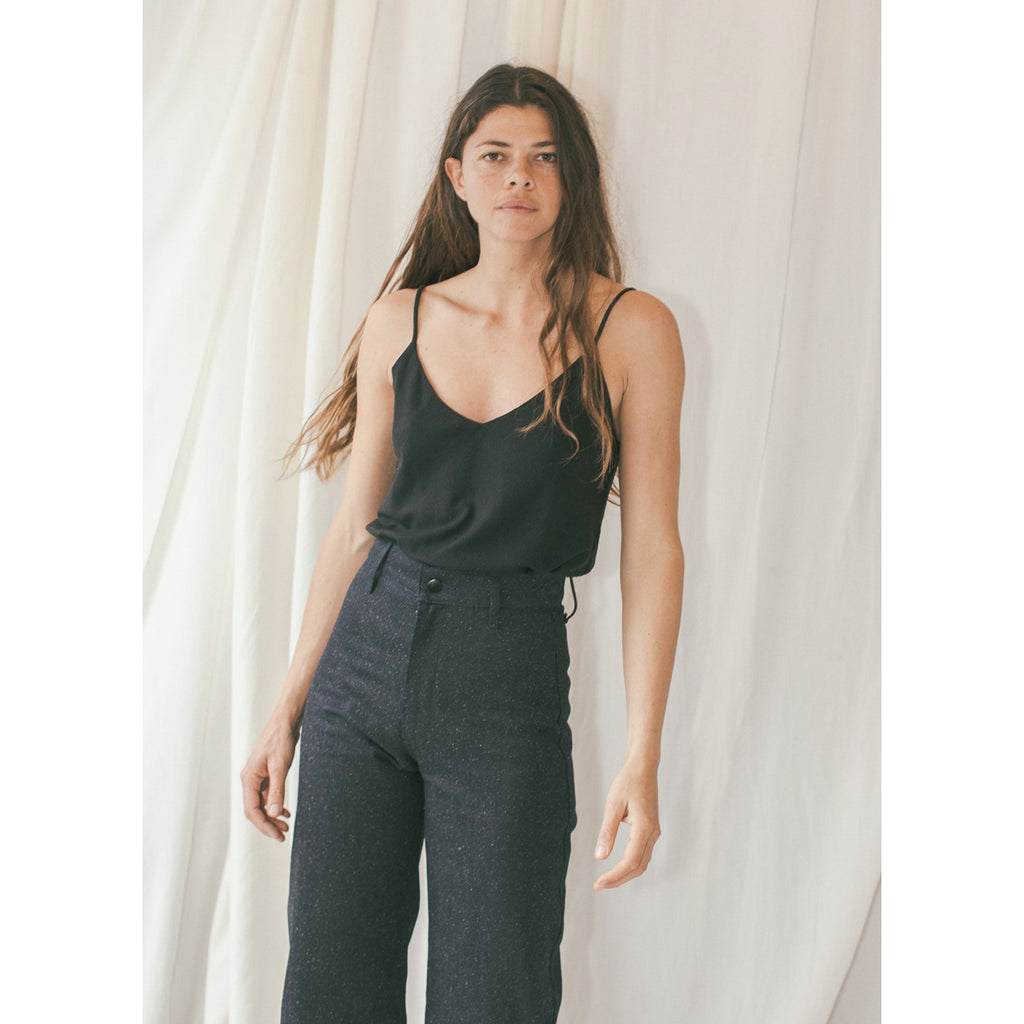 silk noil camisole in black