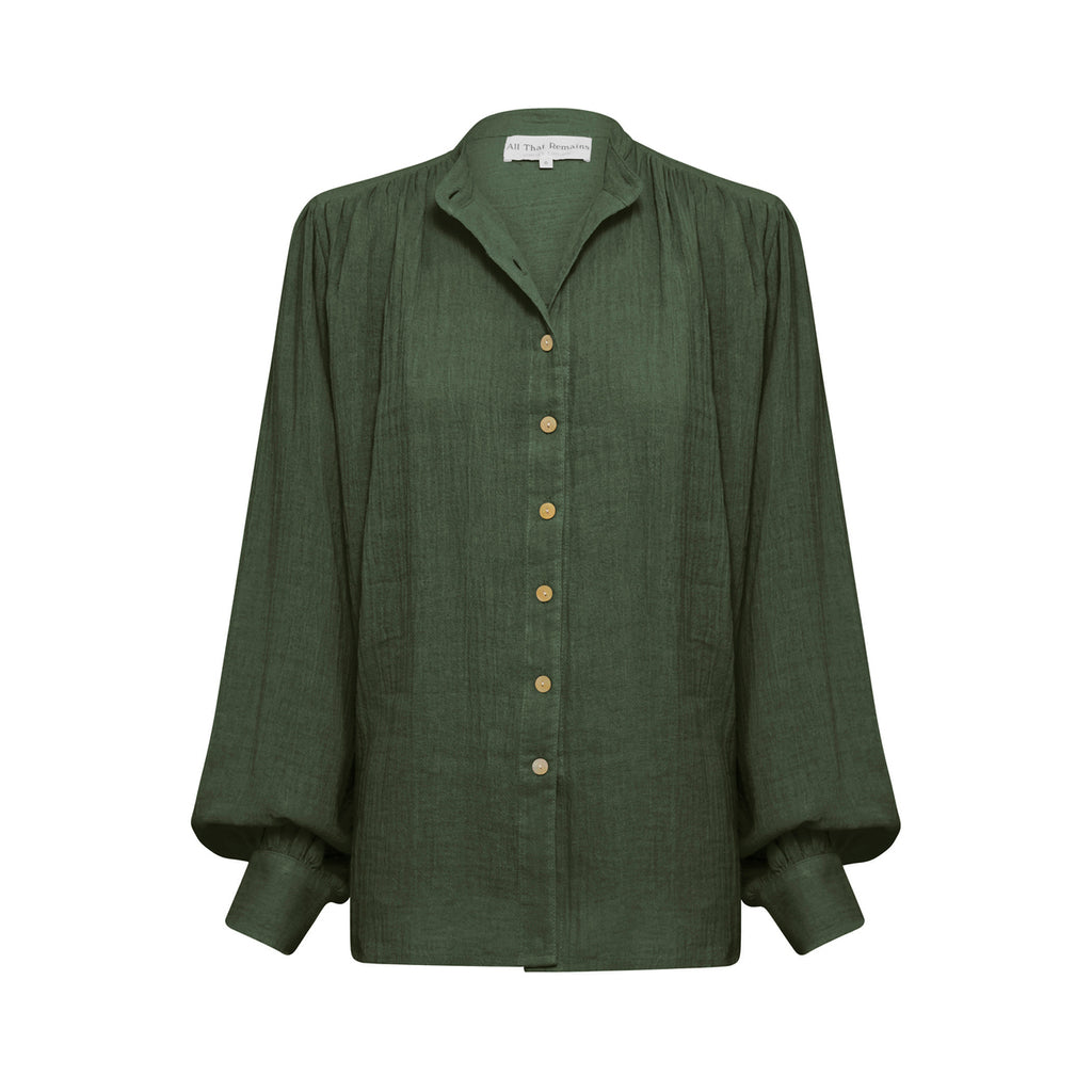 edie shirt in forest