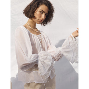 luna blouse in salt