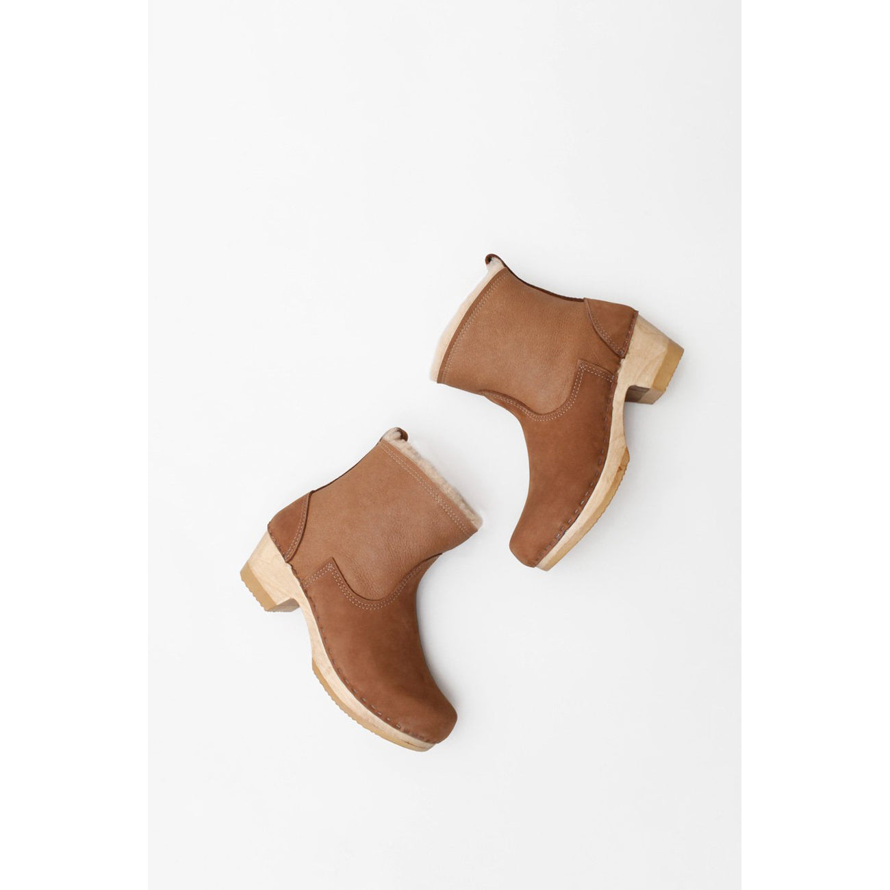 "No.6 5"" Pull On Shearling Clog Boot on Mid Heel in Honey Aviator"