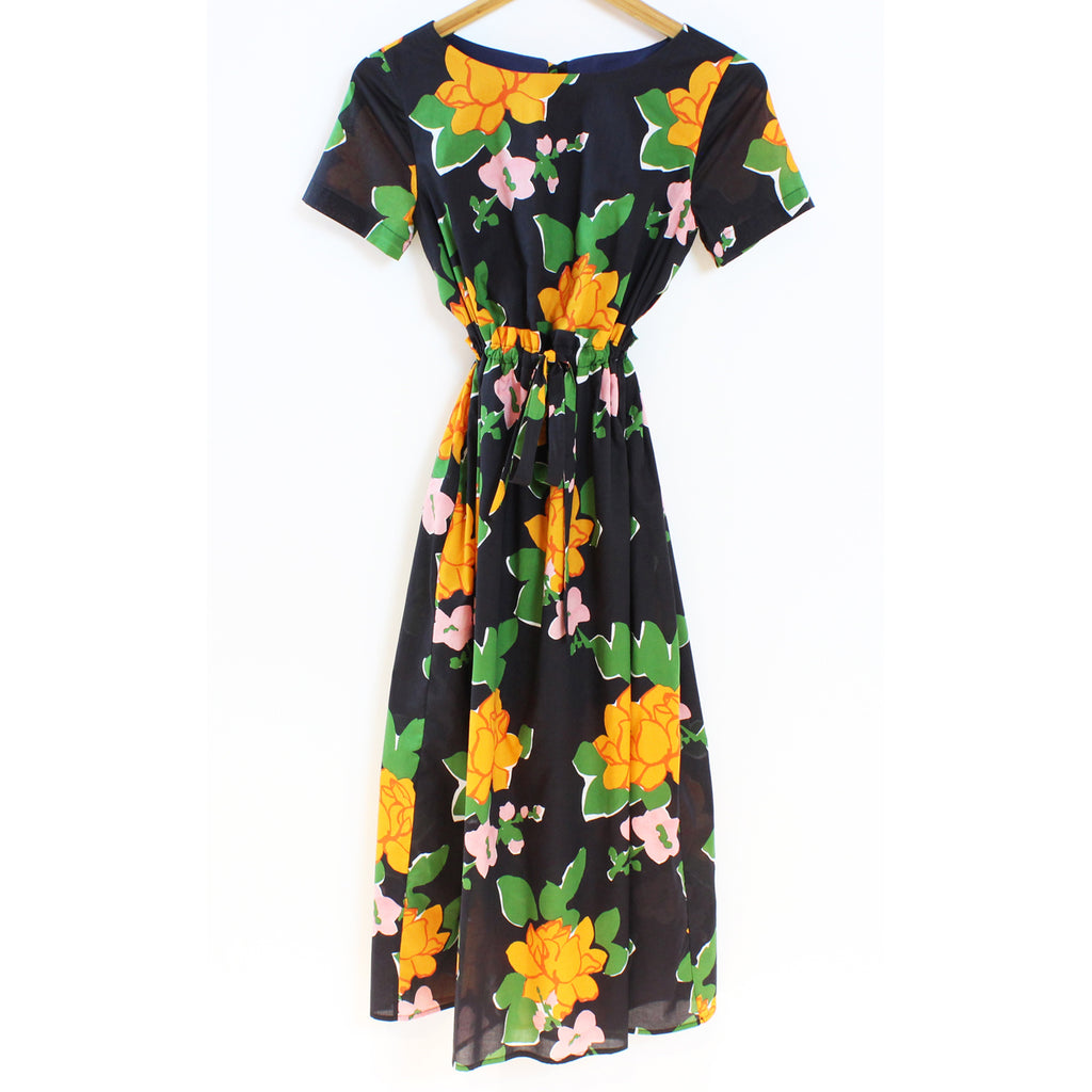 tori dress in navy hermosa floral
