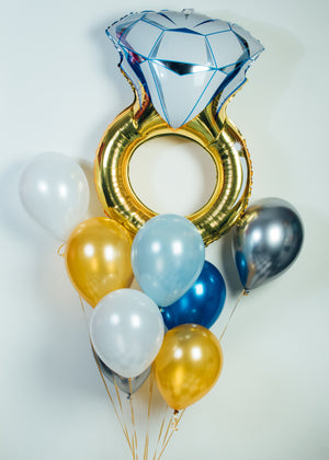 Diamond Ring Balloon Bundle
