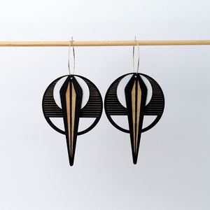 La Naja Black Earrings