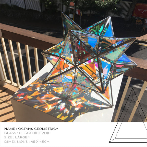 Octans Geometrica Glass Sculpture