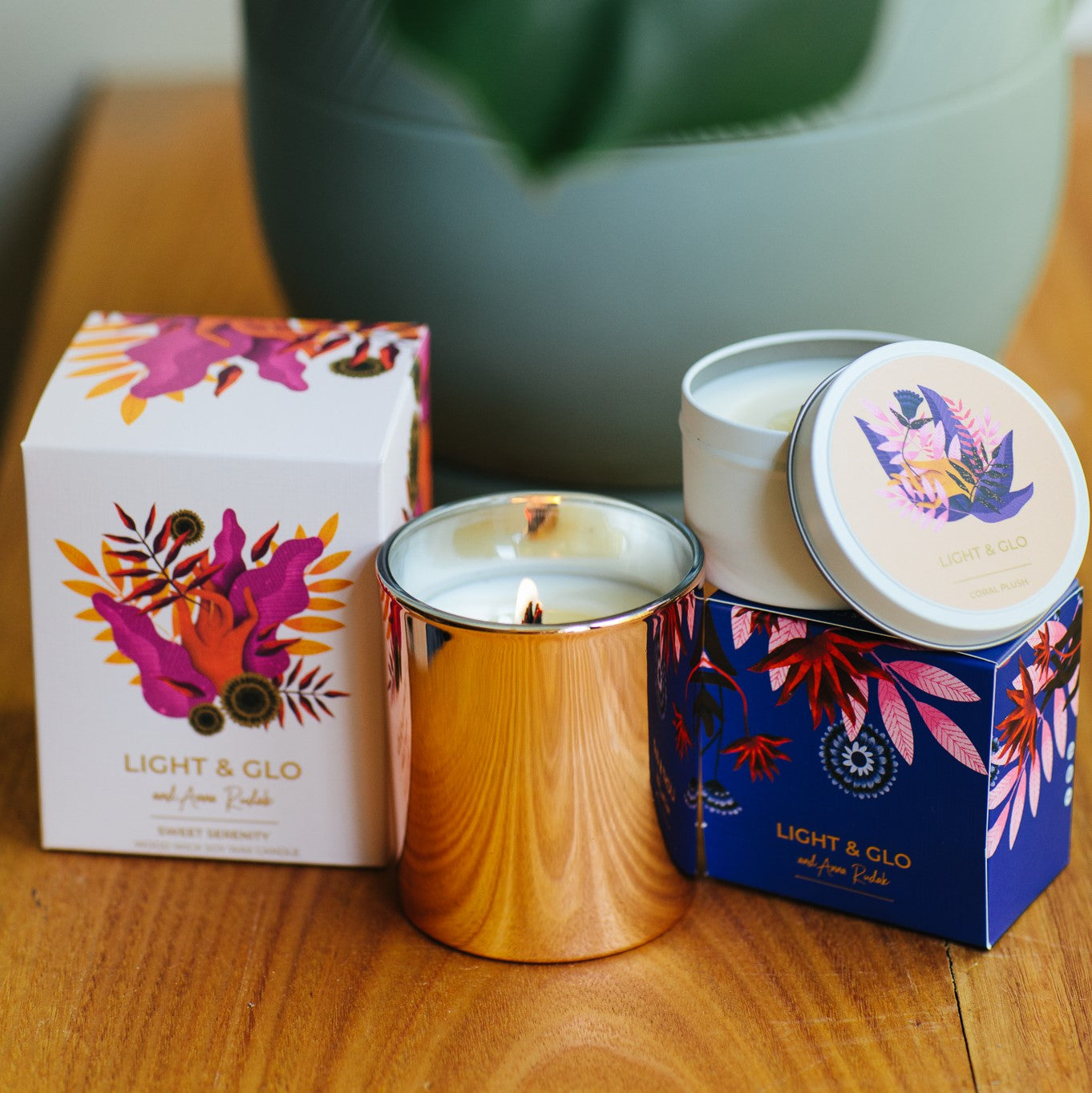 Send Your Love With a Candle this Valentine's