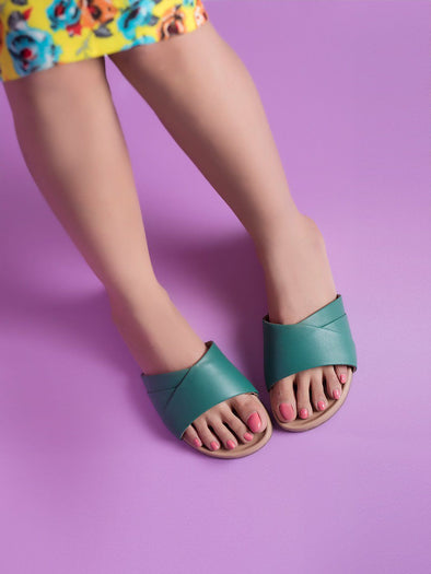 Bella Slides (Green)