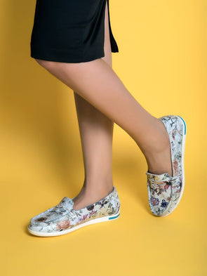 Misty Floral Loafers  (Ice silver)