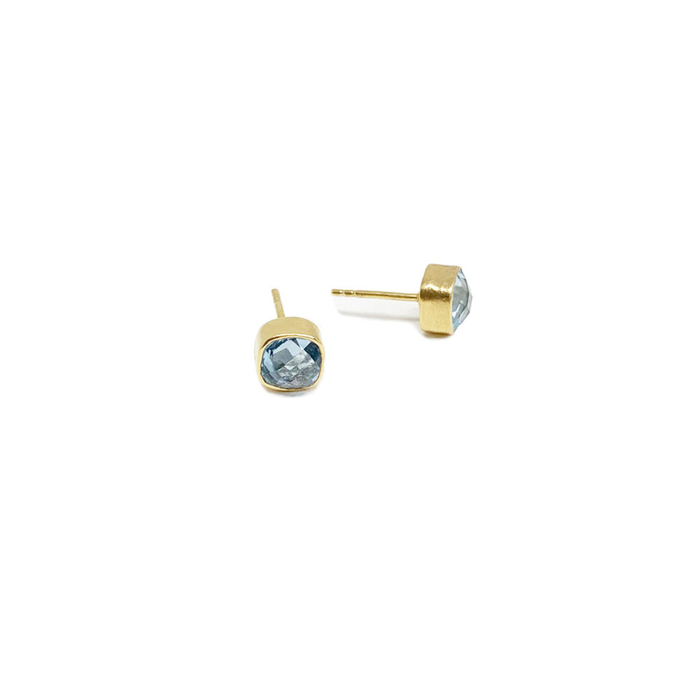 BLUE TOPAZ GOLD-PLATED EARSTUD