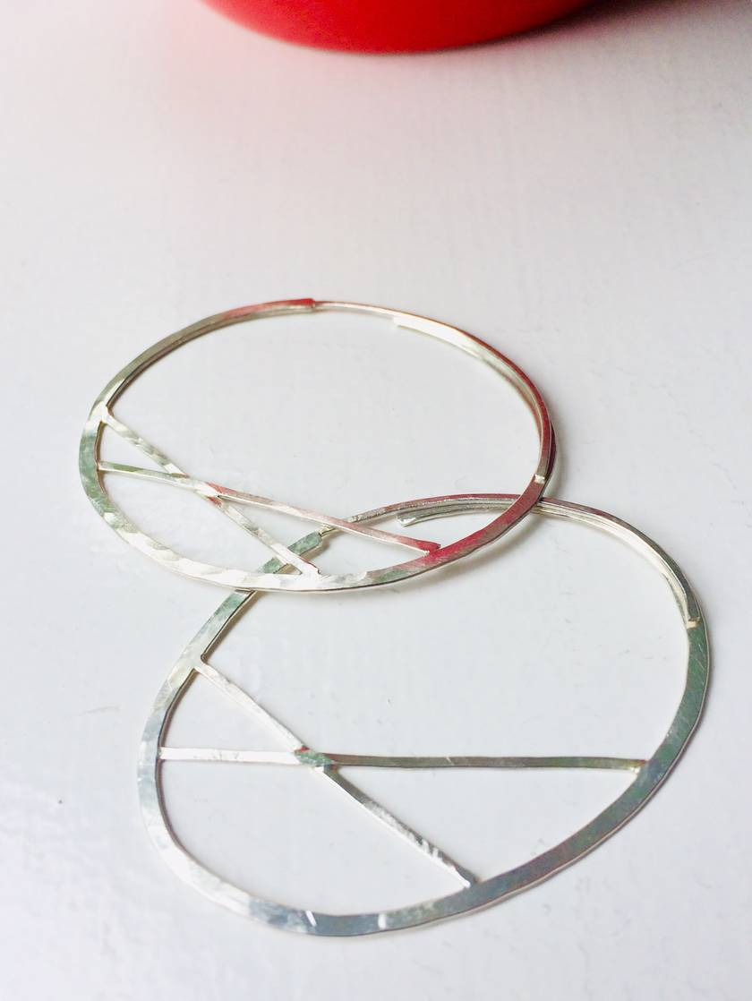 Cross Bar Oval Hoops