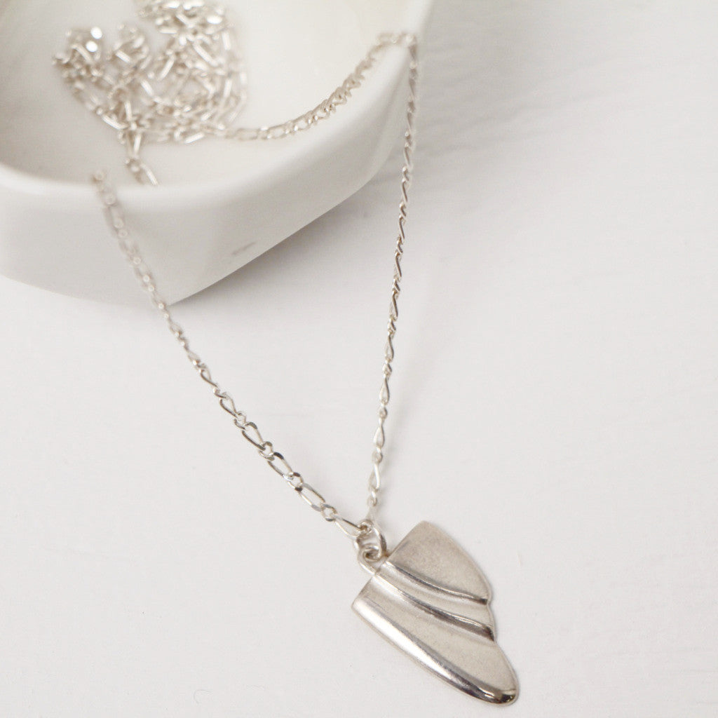Short deco sterling silver pendant with chain