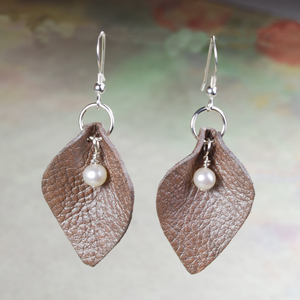 A PETAL EARRINGS - TevaJane