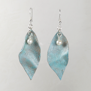 LEAFY LEATHER EARRINGS - TevaJane