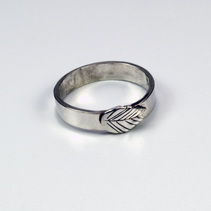 SWEET LEAF STERLING SILVER BAND RING - TevaJane