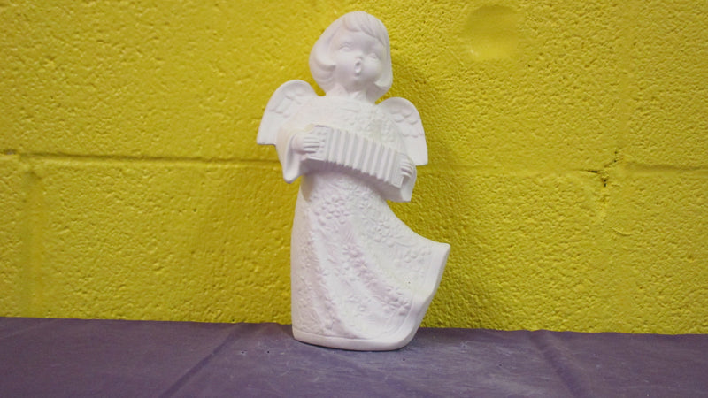 Angel w/Accordian