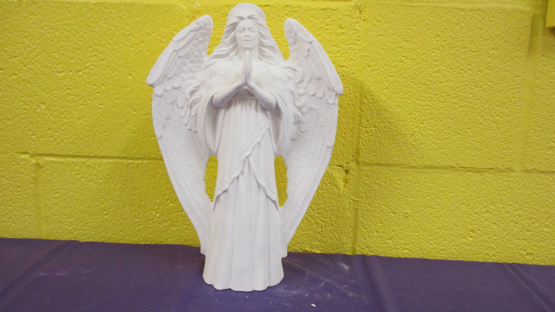 Angel (praying)
