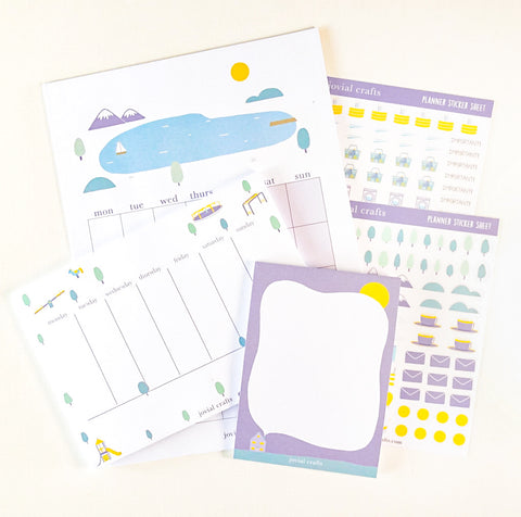Small Moments Calendar Set