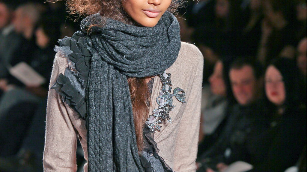 4 Ways to Wear Your Scarf This Season