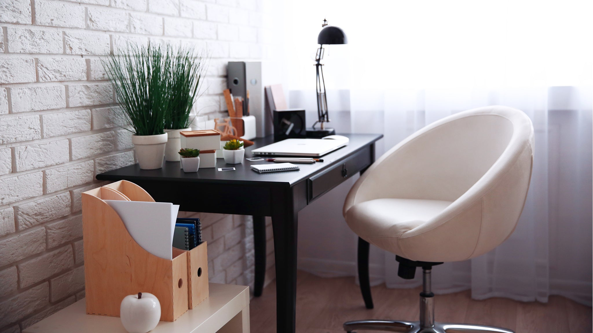 Tips for creating a functional home office for business owners and remote workers
