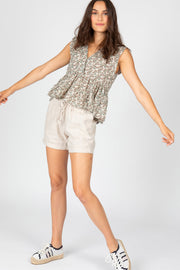 Linen Drawstring Shorts in Natural
