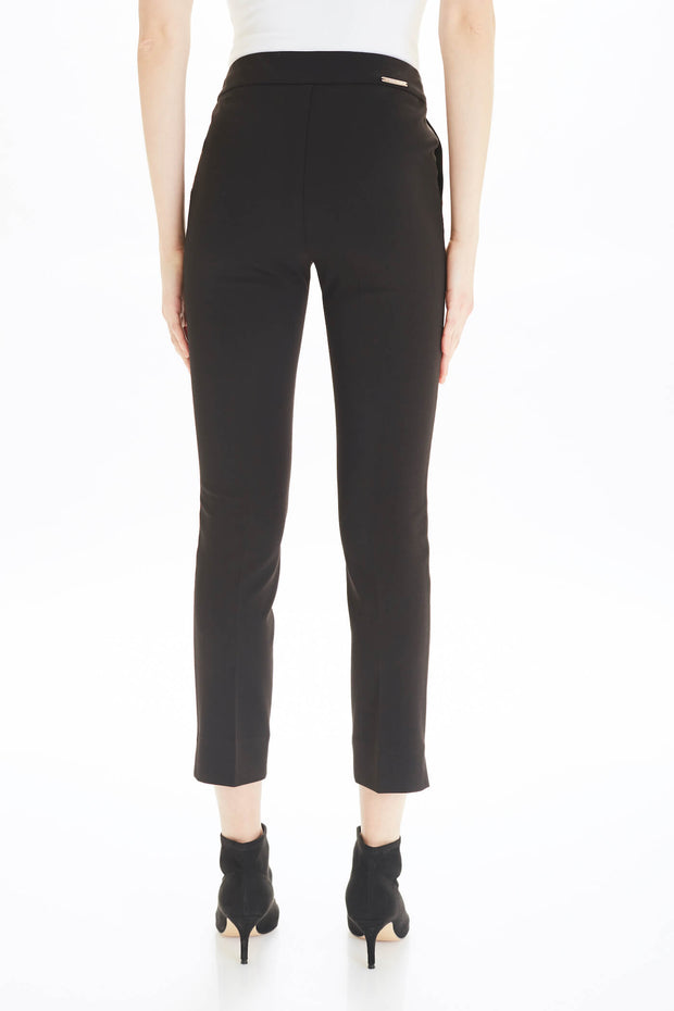 Jojo Pull-on Pant in Black