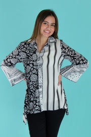 Adore - Print Mixed Fabric Button Down in Black/white (18003)