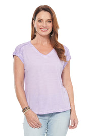 V-neck Tee with Lace Detail in Plum Fairy